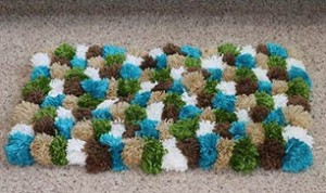 DIY Pom-Pom Decoration