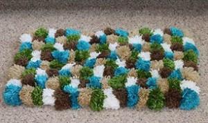 DIY Pom-Pom Decoration