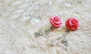 Beautiful Rose Ear Drop