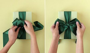 How to Make Gift Bow